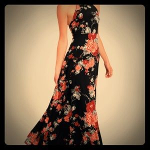 NWT Lulu's Floral Maxi Dress